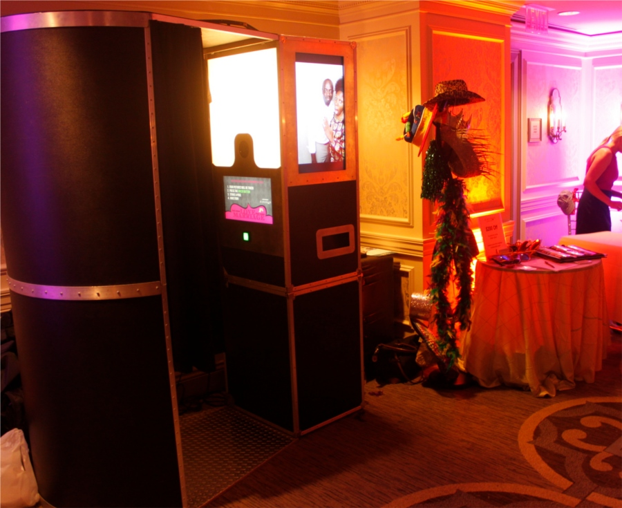 DC Photobooth at Washington Wedding Salon Bridal Show